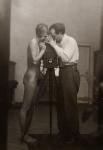 Josef Breitenbach: Selbstportrait mit J. Greno
